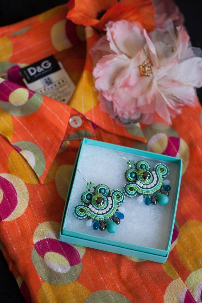 Dissident Sheep bijoux brodés pièces uniques Mini Earrings Pearl ed Iza 2