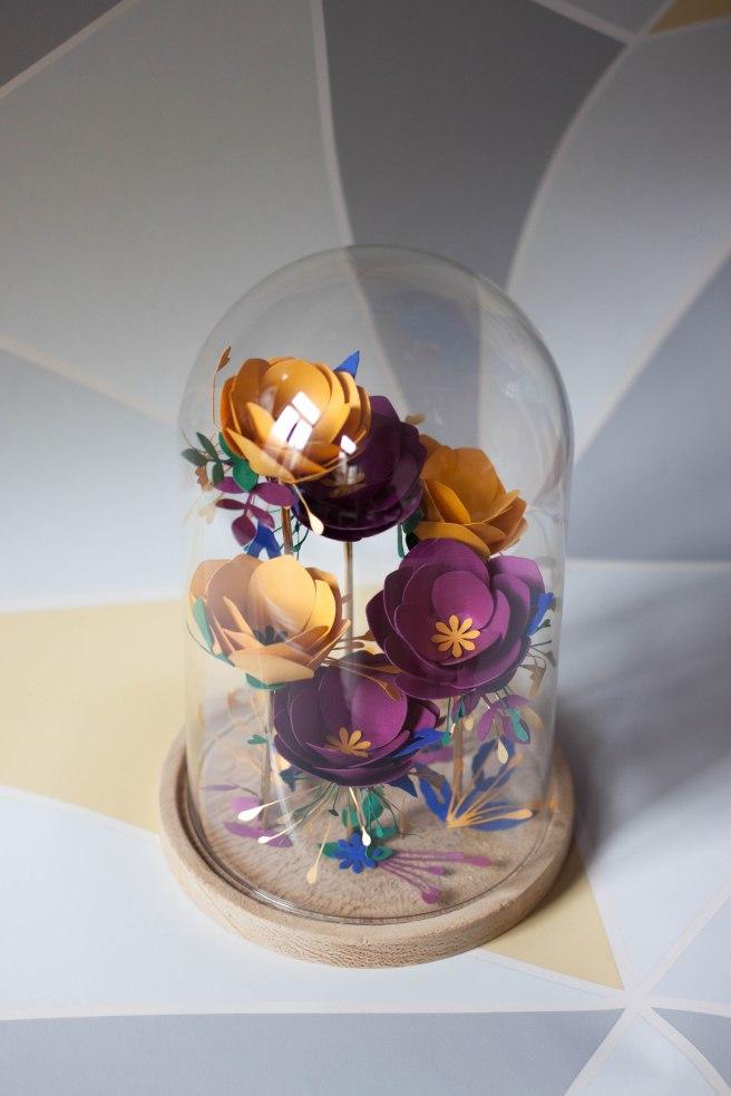Dissident sheep bijoux brodés haute couture - Shooting au petit bonheur la fleur murielle jacquet - globes 5