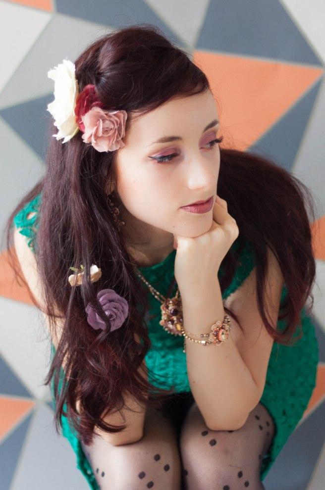 Dissident sheep bijoux brodés haute couture - Shooting au petit bonheur la fleur murielle jacquet - Jeanne 6